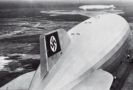 Vzducholodě Zeppelin: Příběh vzdušných obrů, který ukončily hořící hákové kříže nad New Yorkem
