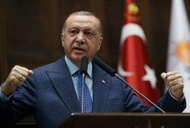 Odpůrci režimu, třeste se. Turecko zavádí přísnější regulaci sociálních sítí