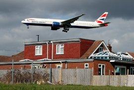 Letadla nedaleko Heathrow