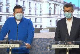 Premiér Andrej Babiš a vicepremiér Jan Hamáček na tiskové konferenci, (19.03.2020).