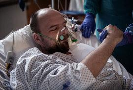 Deník z intenzivky: Jaroslav Karlík strávil na klinice ARO s komplikacemi způsobenými koronavirem pět dní. Teď už je doma a je mu líp