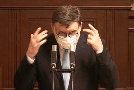 Sněmovna o koronaviru a stavu nouze: Zbyněk Stanjura (ODS) se pustil do ministra Vojtěcha, zmínil chaos kolem kadeřnic a toho, zda mohou přijít domů (28.4.2020)