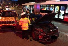 Řidič zkolaboval za volantem, na místě zemřel.