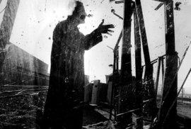 Jean Reno by Antonin Kratochvil