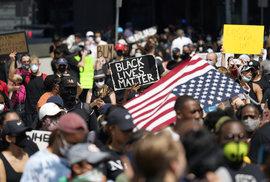 nepokoje vyvolané násilnou smrtí černocha George Floyda pokračují v Minneapolisu