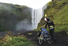 Skógafoss patřil k vodopádům, které si Jirka nenechal na Islandu ujít