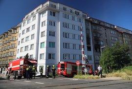 Výbuch bytu ve Strojnické v pražských Holešovicích, 1. července 2020