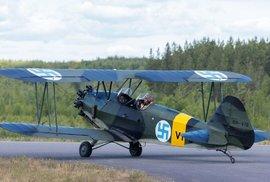 Finské letectvo mělo desítky let ve znaku svastiku, odstranilo ji nenápadně až relativně nedávno