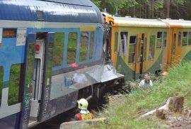 U Perninku na Karlovarsku se 7. července 2020 čelně srazily dva osobní vlaky