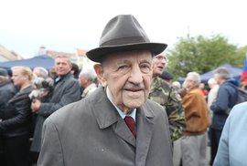 Zemřel Miloš Jakeš, předrevoluční generální tajemník ÚV KSČ. Bylo mu 97 let