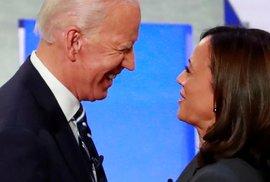 Demokratický uchazeč o úřad amerického prezidenta Joe Biden si jako svou viceprezidentku vybral senátorku za stát Kalifornie Kamalu Harrisovou.