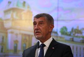 WHO kritizuje Česko za znepokojivou situaci s koronavirem. Raději mlčte, vzkazuje Babiš