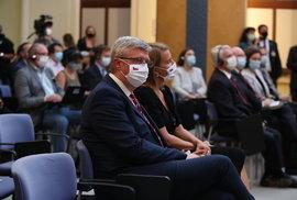 Vicepremiér Karel Havlíček (za ANO) na tiskové konferenci amerického ministra zahraničí Mikea Pompea a premiéra Andreje Babiše (ANO) (12.8.2020)