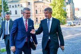 Premiér Andrej Babiš (ANO) a vicepremiér Karel Havlíček (za ANO) na návštěvě Liberce (21.8.2020)