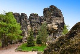TIP NA VÝLET: Tiské stěny, úžasné skalní město ve stínu známějších
