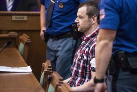 Zpackané vyšetřování a soudní proces. Otevře se znovu případ Petra Kramného?