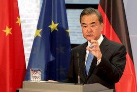 Nevýhodné vazalství s Čínou se nám vyplatí ukončit. I za cenu ekonomických turbulencí
