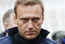 Navalnyj se vrátí: Útok proti neúplatnému kritikovi byl okatým pokusem ovraždu