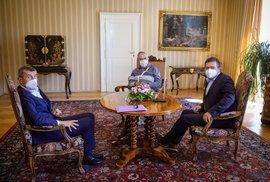 Schůzka v Lánech v době koronaviru: Zleva premiér Andrej Babiš (ANO), prezident Miloš Zeman a vicepremiér Jan Hamáček (ČSSD)