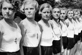 Pravda o dokonalé Hitlerově mládeži: Orgie, nechtěná těhotenství a vynucené potraty