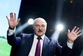 Protestům navzdory. Lukašenko nečekaně složil slib a stal se pošesté prezidentem Běloruska