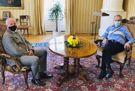 Schůzka v Lánech překvapení nepřinesla. Prezident Zeman jmenoval Prymulu ministrem zdravotnictví