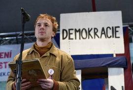 Minář z Milionu chvilek vstupuje do politiky, do voleb možná půjde s Čižinským