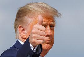 Americký prezident Donald Trump při nástupu do Air Force One odjíždí z Washingtonu, aby se zúčastnil první prezidentské debaty s demokratickým prezidentským kandidátem Joe Bidenem v Clevelandu ve státě Ohio na základně Andrews, Maryland, USA, 29. září 2020