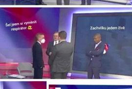 Dvojí metr v ČR: Politici si myslí, že když je nikdo nevidí, nemusí nosit roušku v pořadu Síťoviny