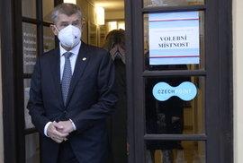 Bohumil Pečinka: Hlavní signál senátních voleb? Babiš je sám jako kůl v plotě