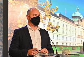 Vláda zpřísnila koronavirová opatření: Ministr školství Robert Plaga (12.10.2020)
