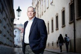 Autor světových bestsellerů Walter Isaacson: Věřím, že kráčíme do věku biotechnologických inovací
