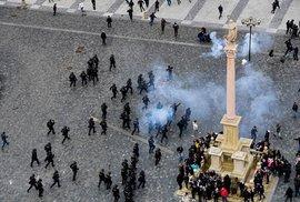 Demonstrace na Staroměstském náměstí, 18. října 2020.