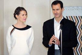 Asma Asad je odhodlaná stát po boku svého manžela přes všechny krize.