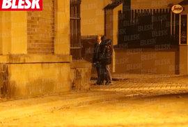 22. 10. 2020 0:50 hod. Praha-Vyšehrad: Z podniku se vynoří i Faltýnek.