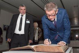 Adeptem č. 1 na nového ministra zdravotnictví byl pro Andreje Babiše ředilte FN Brno Štěrba, nakonec se jím stal náměstek Jan Blatný
