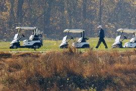 Americký prezident Donald Trump i druhý den po vyhlášení výsledků voleb vyrazil na golf (8.11.2020)