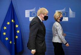 Britský premiér Boris Johnson a předsedkyně Evropské komise Ursula von der Leyenová.
