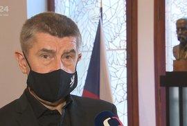 Premiér Andrej Babiš (ANO) v roušce (29. 12. 2020)