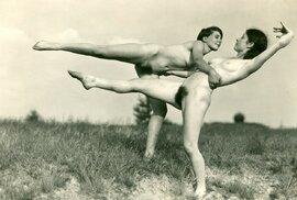 Nahé sportování bylo ve 20. letech velkým hitem