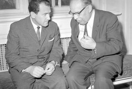 Ladislav Štoll s Vasilem Biľakem