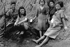 Ženy vojáci znásilňovali i 40x denně, ty které odporovaly, bili nebo rovnou zabíjeli