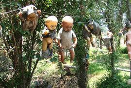 Ostrov panenek: Nedaleko mexické metropole leží muzeum hororu pod širým nebem