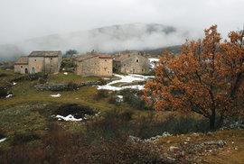 Italské Abruzzo: Nocování na studené podlaze se smečkou vlků za dveřmi