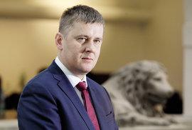 ApoPetříčkovi Koudelka: Likvidace ministra silnou pročínskou aproruskou lobby