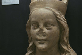 Anna Falcká pomohla Karlovi IV. získat římský trůn, štěstí ani královu lásku jí to…