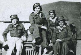 Služba Čechoslovaček v Británii: Ani něžné pohlaví se nezdráhalo válčit