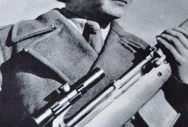 1943 - První československá snajperka se ke svému »řemeslu« dostala vlastně náhodou.