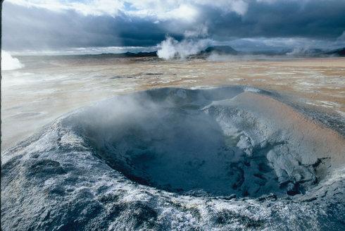 Island - Ostrov nezkrocených živlů