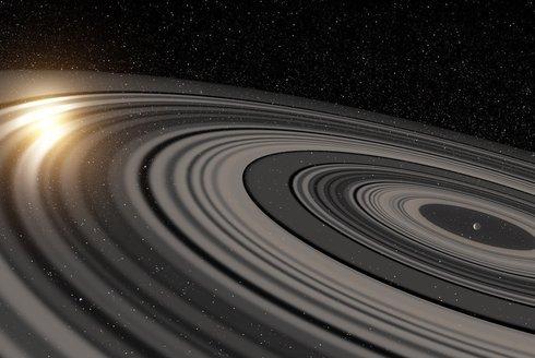 Mega prstence na obzoru: Kam se hrabe Saturn
